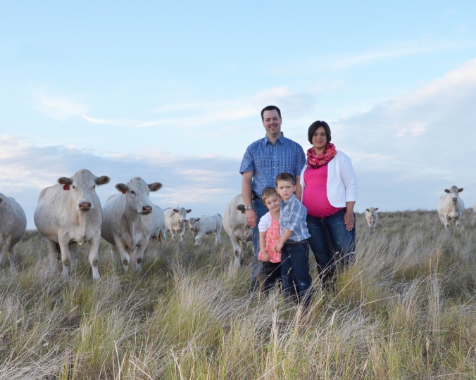 Howe Family with Charolais.jpg